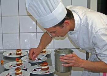 Le bac pro cuisine saint joseph lannion - Salaire bac pro cuisine ...